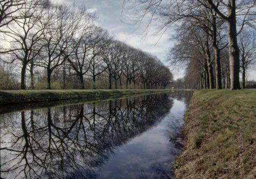 Blik_op_Kanaal_Zuid,_tussen_Apeldoorn_en_Dieren_-_Unknown_-_20359883_-_RCE